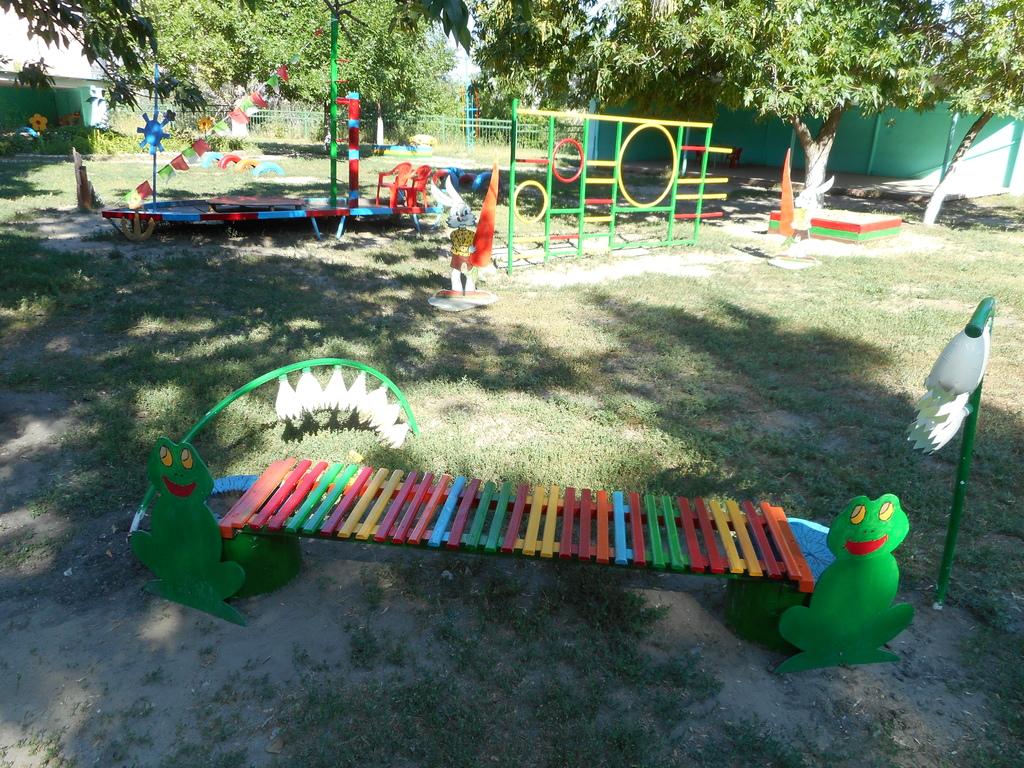 Как своими руками оформить участок в детском саду своими руками летом 74